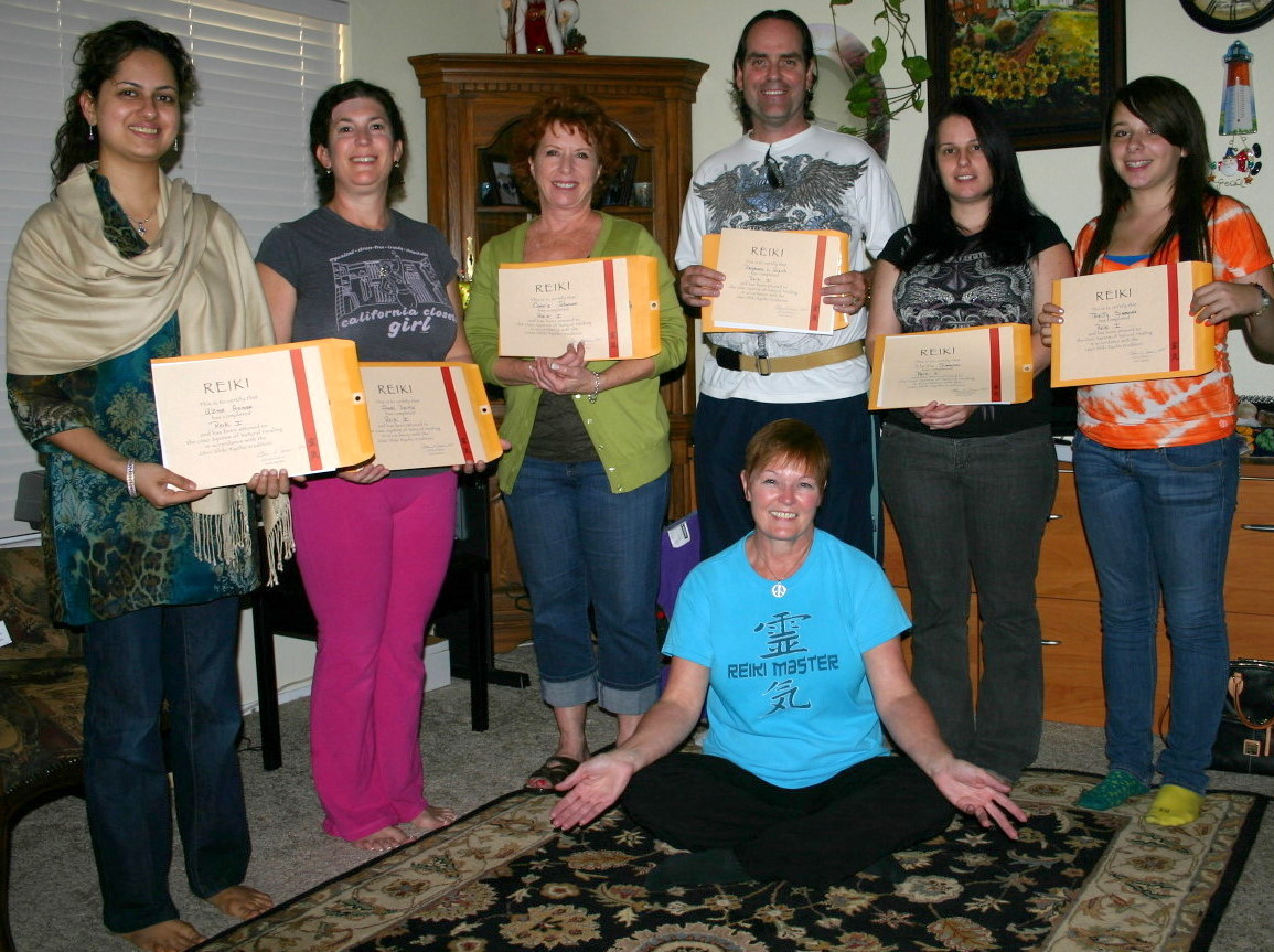 Reiki 1 Certification Class Las Vegas with Reiki Master Eileen at Anne Penman Reiki Las Vegas